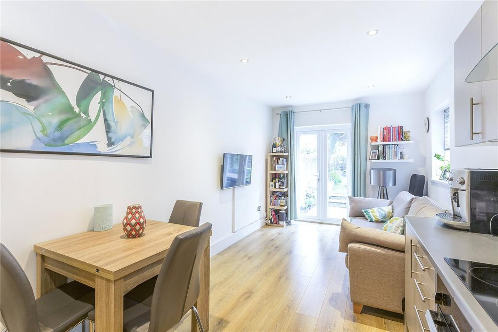 1 Bedroom Flat for sale in Upper Tollington Park, London, N4