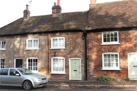 2 bedroom terraced house to rent - Wycombe End, Beaconsfield, HP9