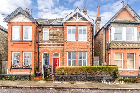 4 bedroom house to rent - Strafford Road, High Barnet, Herts, EN5