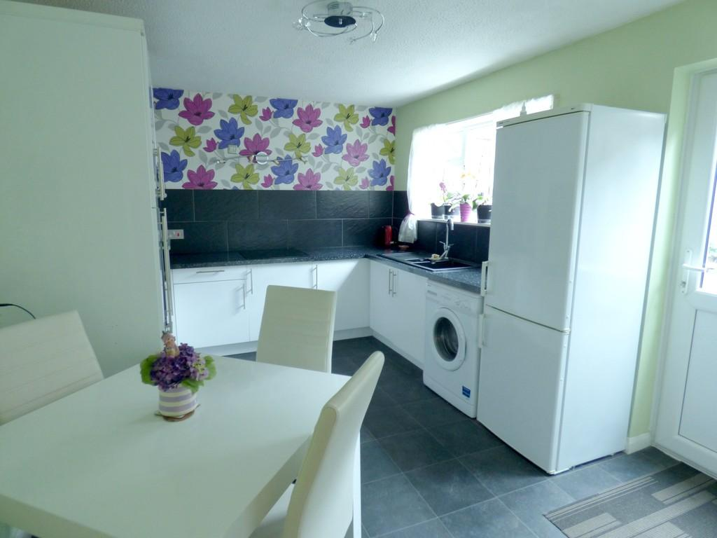 3 Bedrooms Terraced House for sale in Leate Terrace, Kingsteignton, TQ12 3NE
