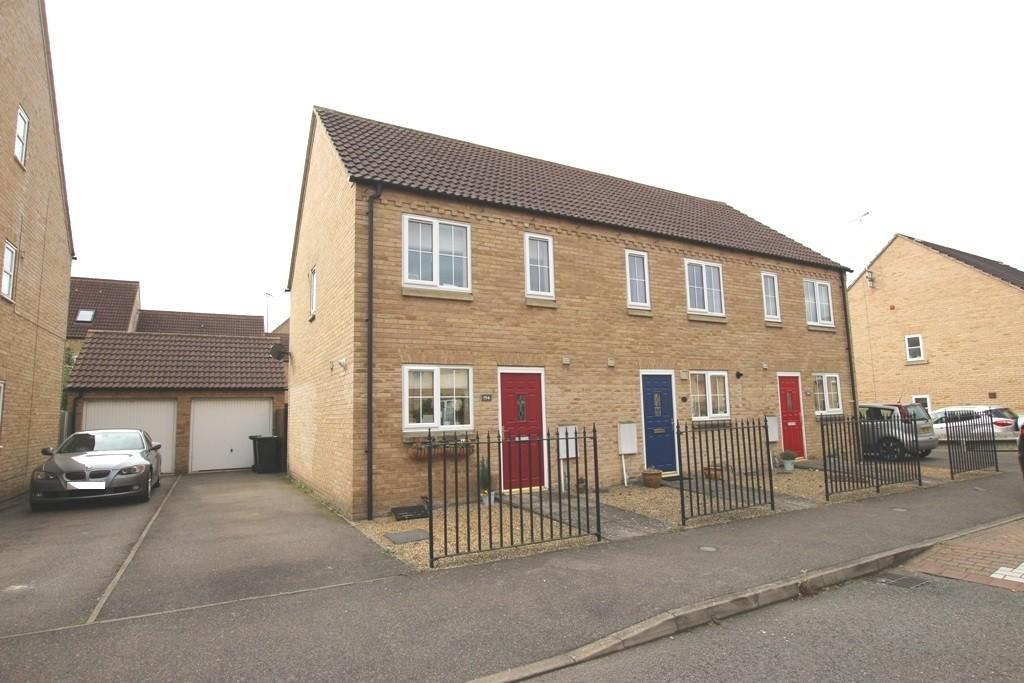 2 Bedrooms Semi Detached House for sale in Columbine Road, Ely