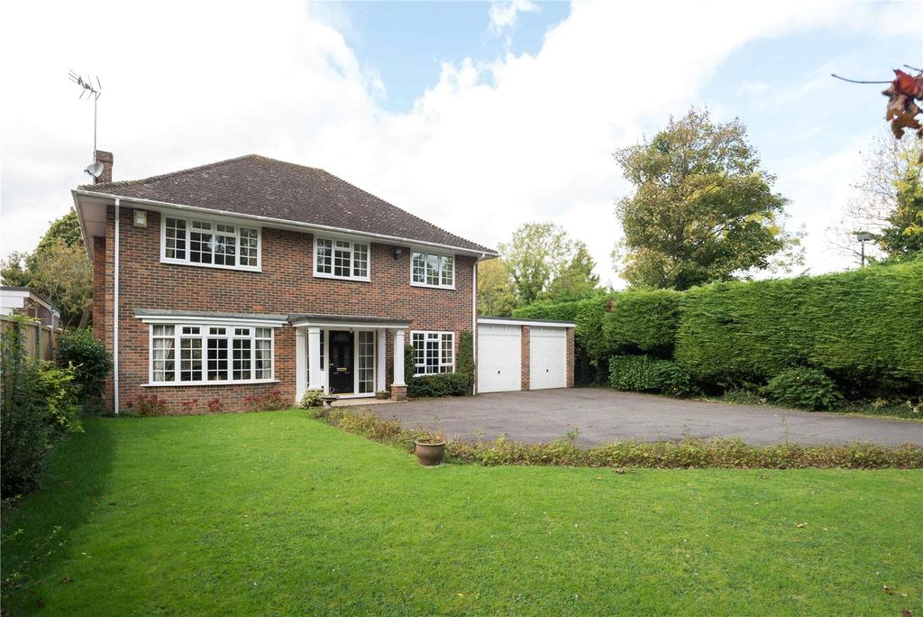 4 Bedrooms Detached House for sale in Langton Lane, Canterbury, Kent