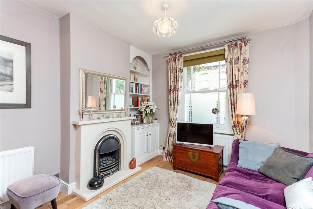 3 Bedrooms Terraced House for sale in Ashbury Road, London, SW11