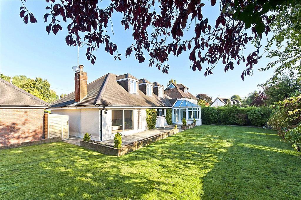 4 Bedrooms Detached House for sale in Bell Lane, Fetcham, Leatherhead, Surrey, KT22