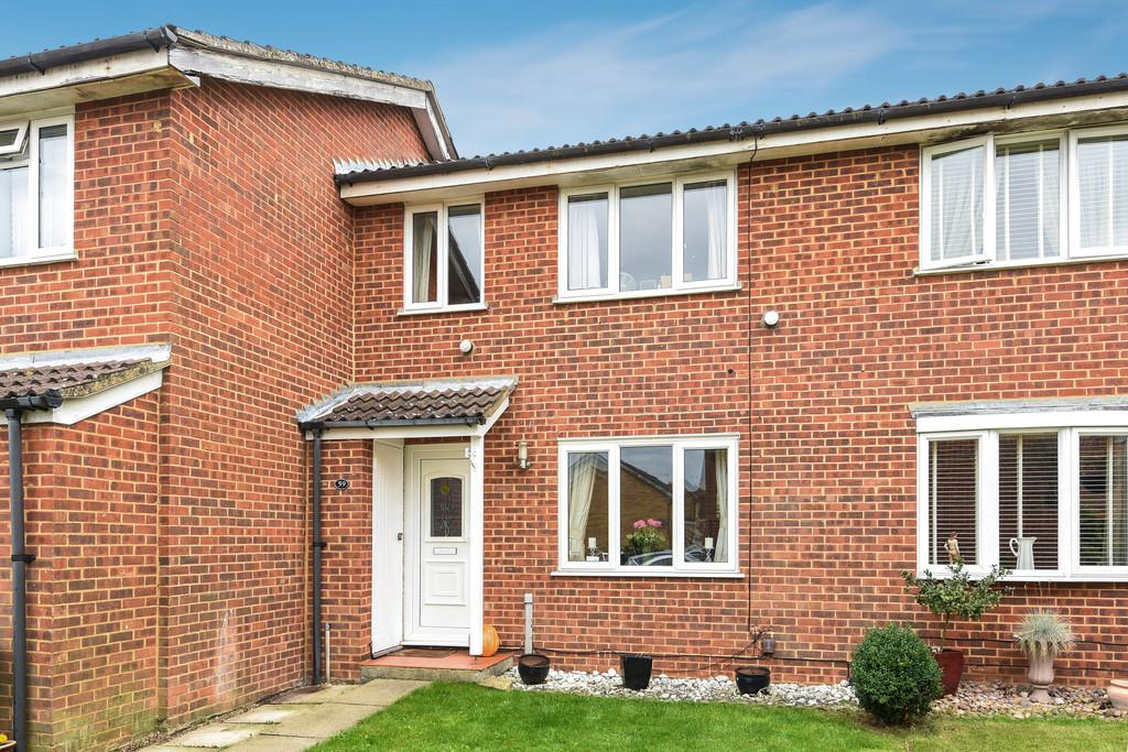 3 Bedrooms Terraced House for sale in Finglesham Court, Maidstone