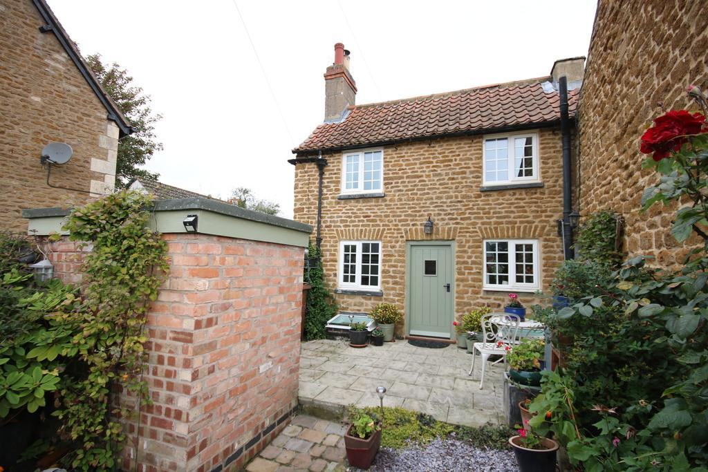 1 Bedroom Cottage House for sale in Main Street, Wymondham