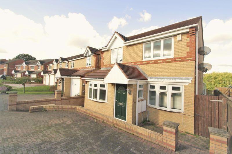 3 Bedrooms Detached House for sale in Harewood Crescent, Elm Tree, Stockton, TS19 0SZ