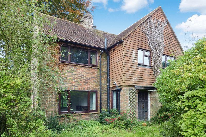 3 Bedrooms Detached House for sale in High Hurst Close, Newick