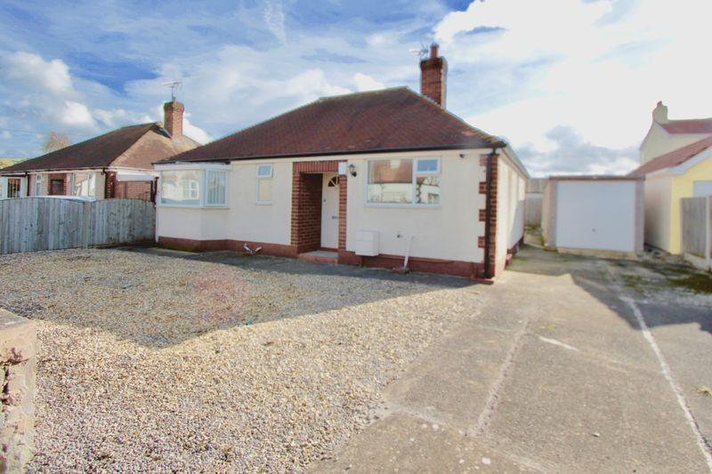 2 Bedrooms Detached Bungalow for sale in Sandy Lane, Prestatyn