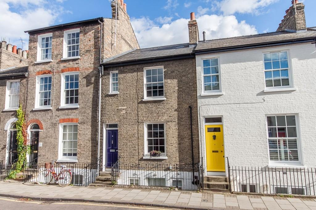 3 Bedrooms Terraced House for sale in Clarendon Street, Cambridge