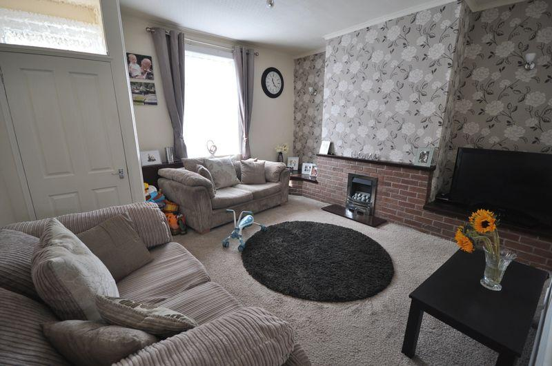 3 Bedrooms Terraced House for sale in Magdala Street, Heywood