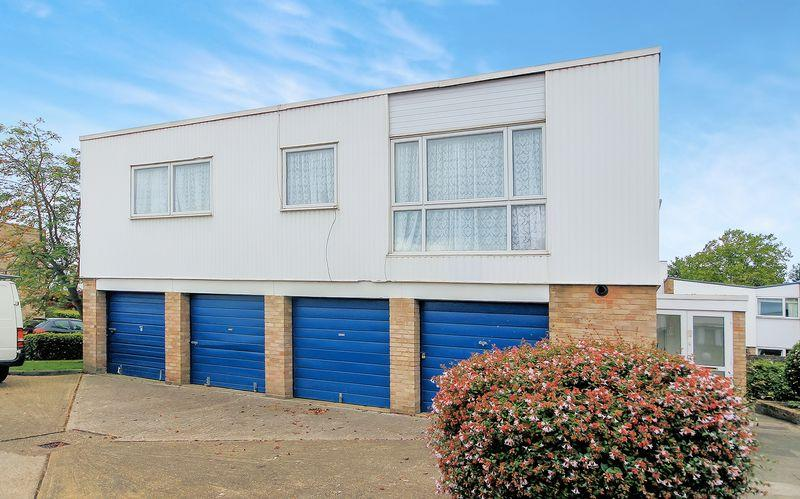 2 Bedrooms Apartment Flat for sale in Ham View, Shirley