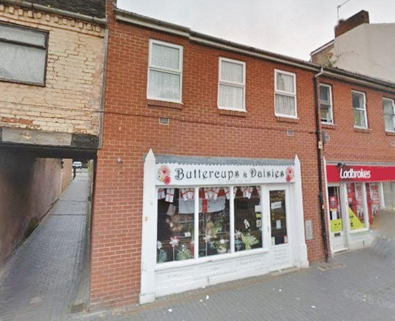 2 Bedrooms Flat for sale in Market Place, Willenhall