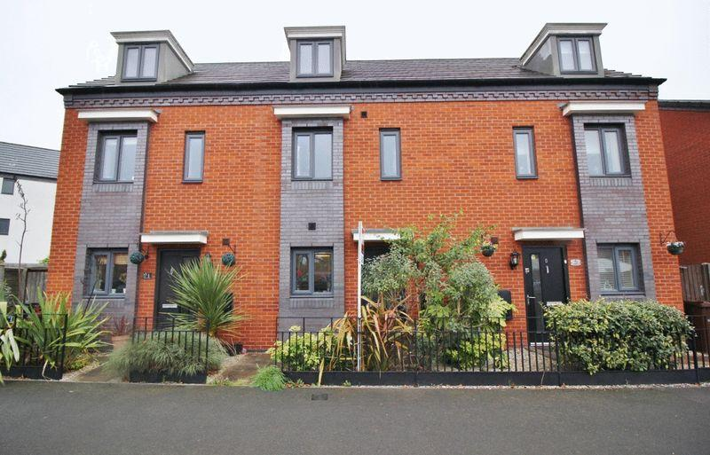 3 Bedrooms Terraced House for sale in Mercury Drive, Wolverhampton
