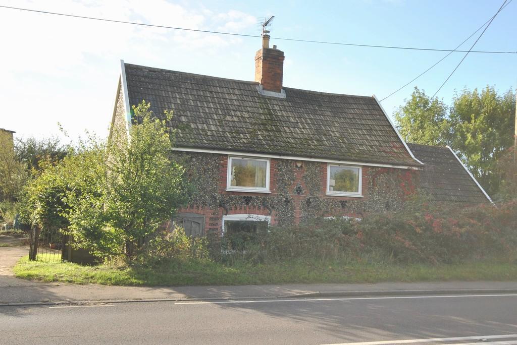 2 Bedrooms Detached House for sale in Billingford, Norfolk