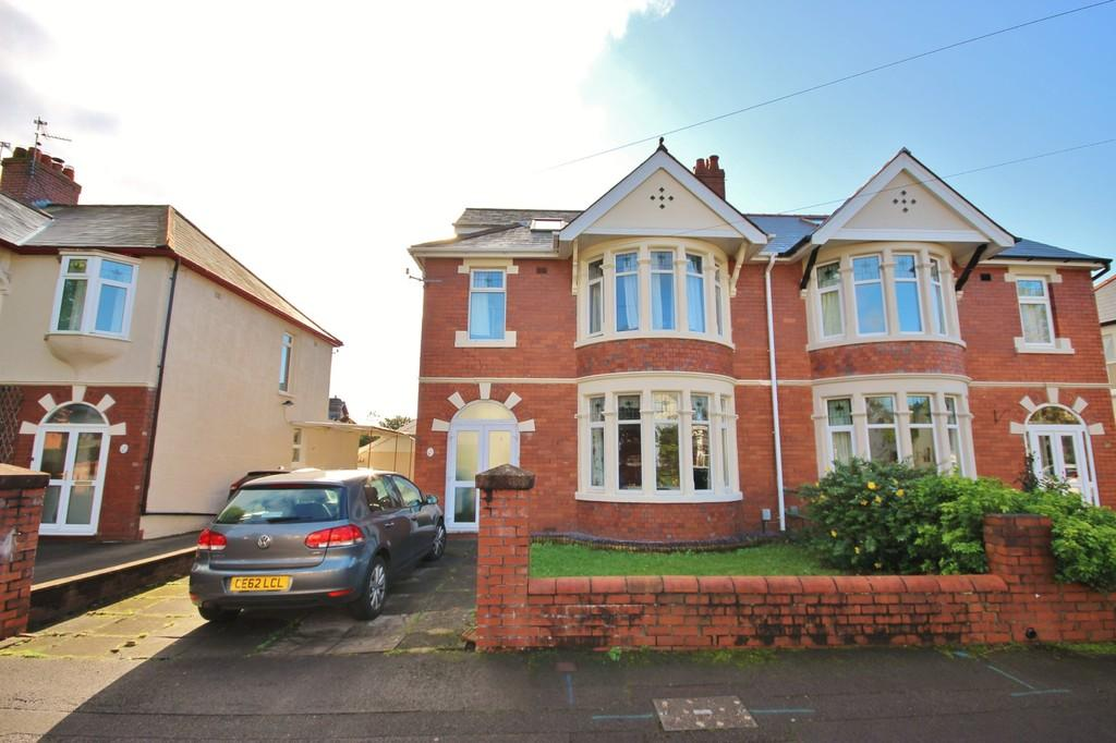 4 Bedrooms Semi Detached House for sale in St. Johns Crescent, Whitchurch, Cardiff