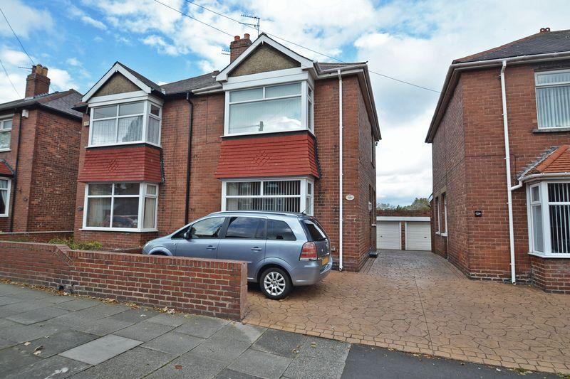 2 Bedrooms Semi Detached House for sale in Queen Alexandra Road West, North Shields