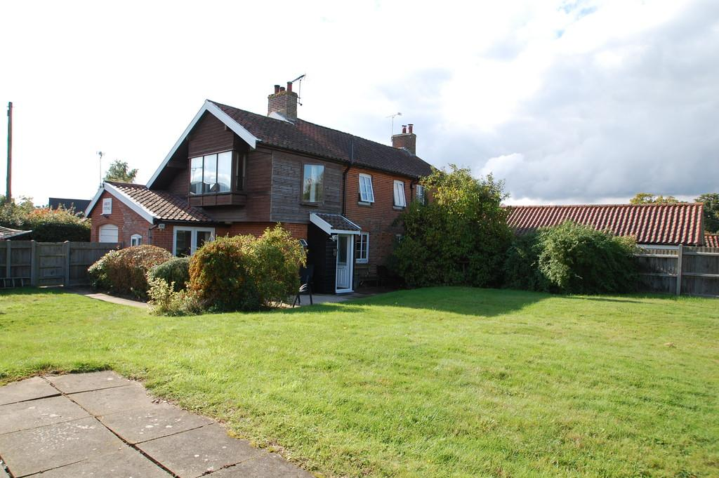 3 Bedrooms Cottage House for sale in Upper Street, Horning