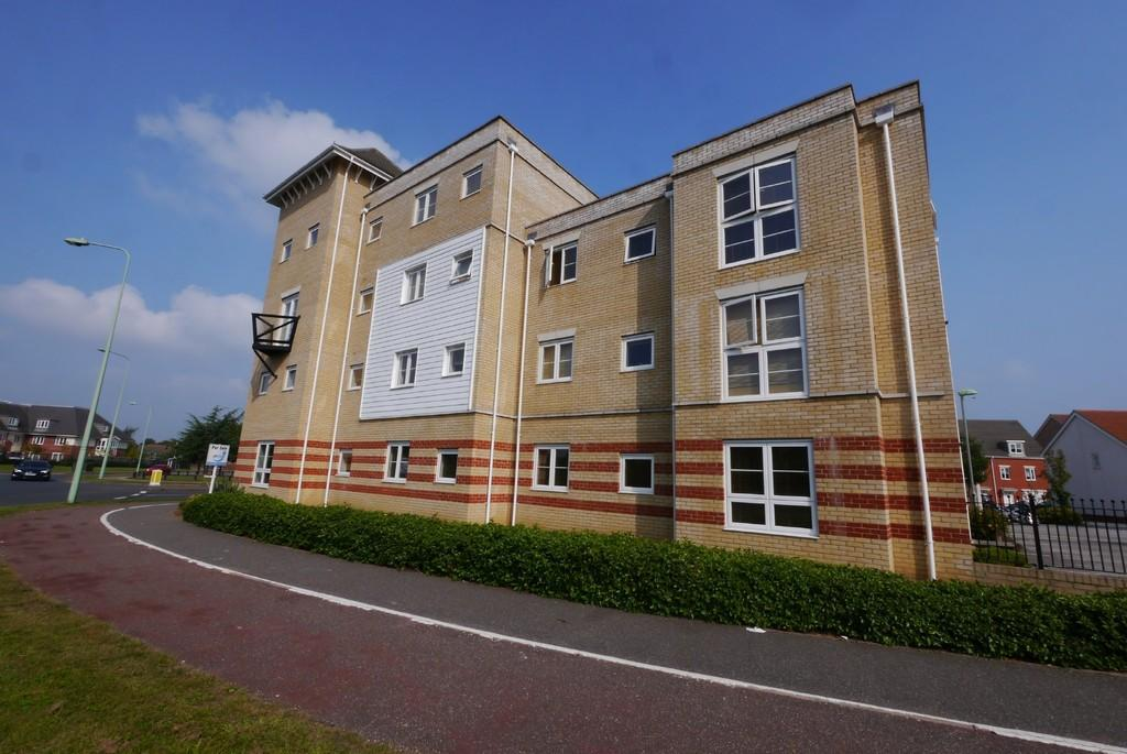 2 Bedrooms Apartment Flat for sale in Newman Drive, Kesgrave, Ipswich