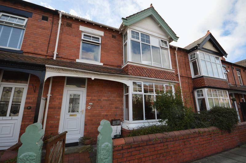 4 Bedrooms Terraced House for sale in Manor Road, Hoylake