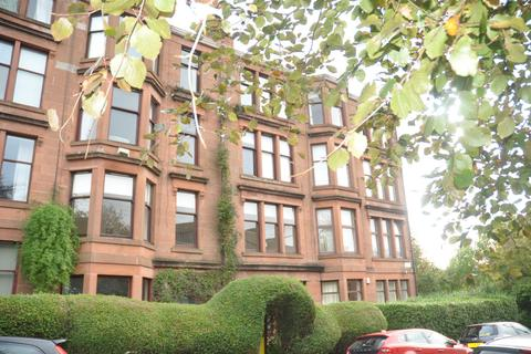 3 bedroom flat to rent - Kelvinside Gardens East, Flat 1/2, North Kelvinside, Glasgow, G20 6BE