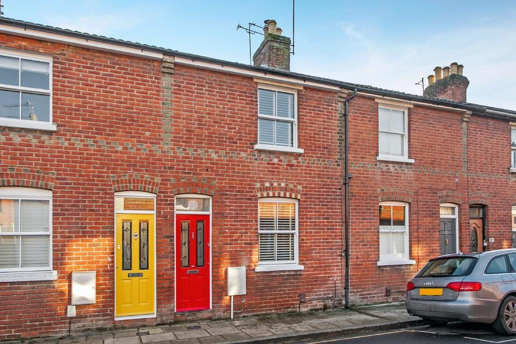 2 Bedrooms Terraced House for sale in Hyde Abbey Road, Hyde, Winchester, SO23