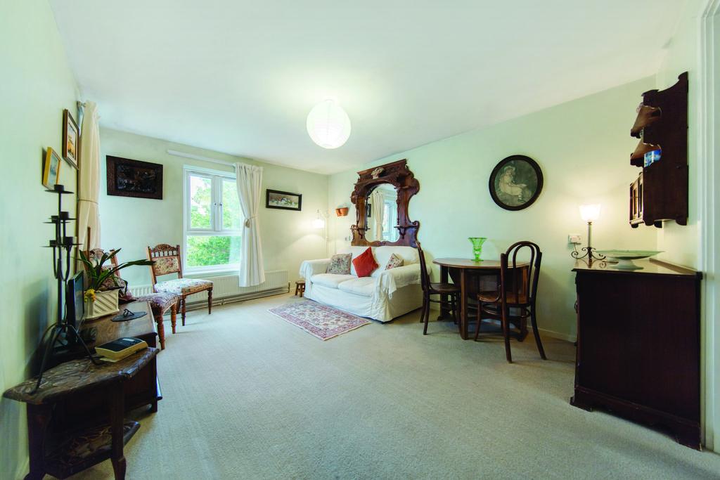 1 Bedroom Flat for sale in Wheatsheaf Lane, London