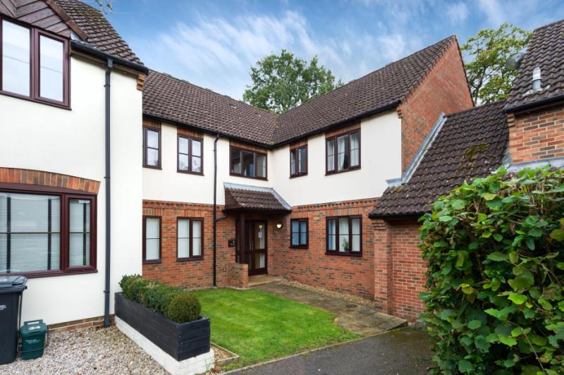 1 Bedroom Apartment Flat for sale in Tyndale Place, Wheatley, Oxford, Oxfordshire