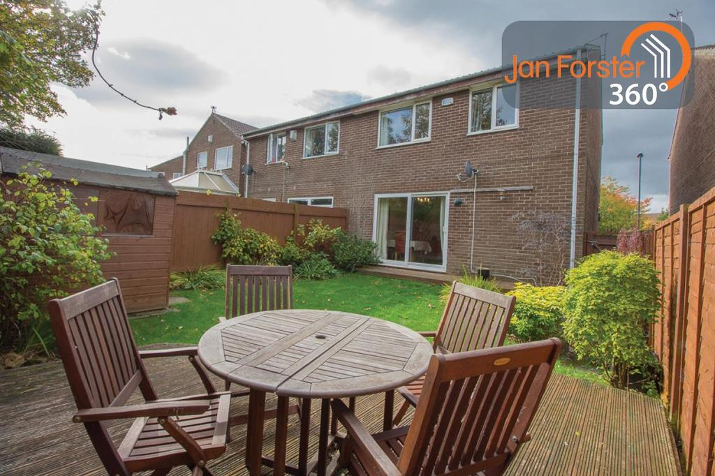 3 Bedrooms Semi Detached House for sale in Warbeck Close, Newcastle Upon Tyne