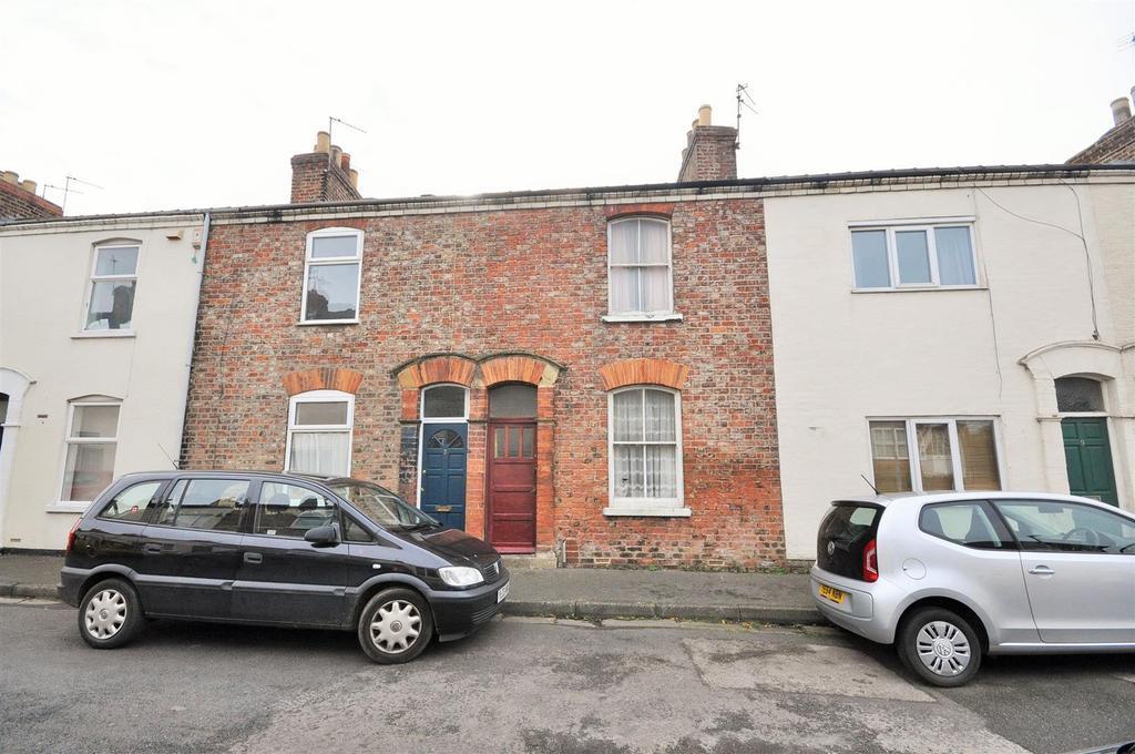 2 Bedrooms Terraced House for sale in Arthur Street, Lawrence Street, York YO10 3EL