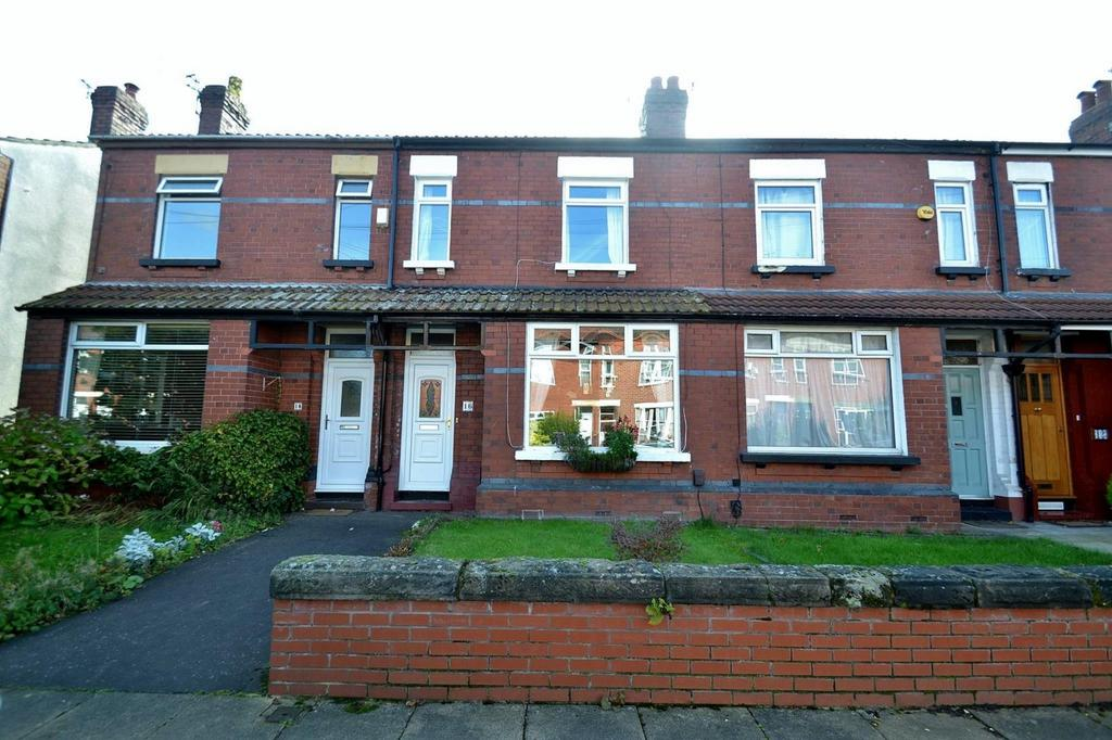 3 Bedrooms Terraced House for sale in Skaife Road, Sale