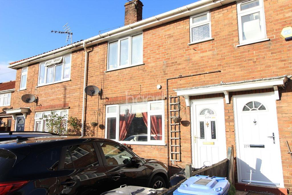 3 Bedrooms Terraced House for sale in Woodcock Road, Norwich