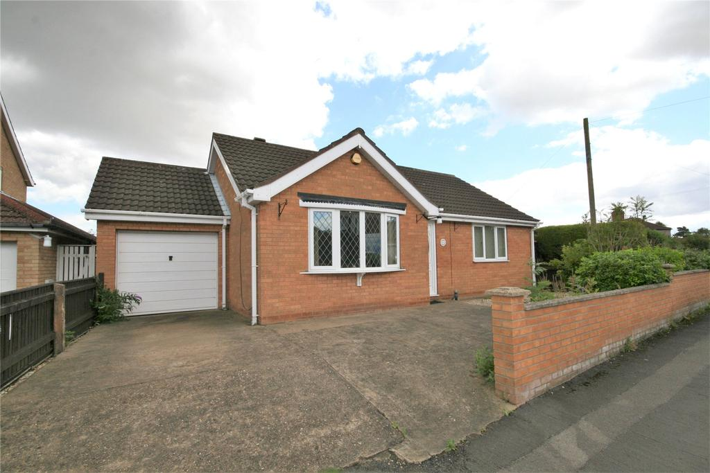 2 Bedrooms Detached Bungalow for sale in North End Crescent, Tetney, DN36