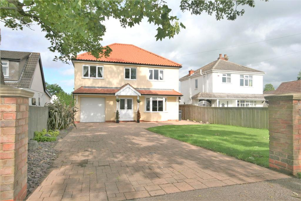 4 Bedrooms Detached House for sale in Tetney Lane, Holton le Clay, DN36
