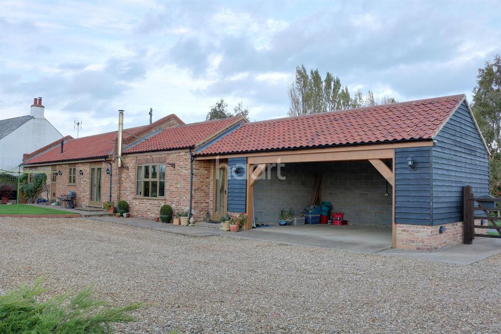 3 Bedrooms Bungalow for sale in School Road, Terrington St John