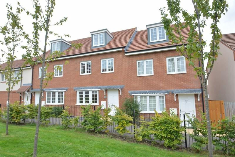 3 Bedrooms Town House for sale in Ryeland Way, Andover