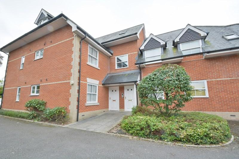 2 Bedrooms Apartment Flat for sale in Millway Road, Andover