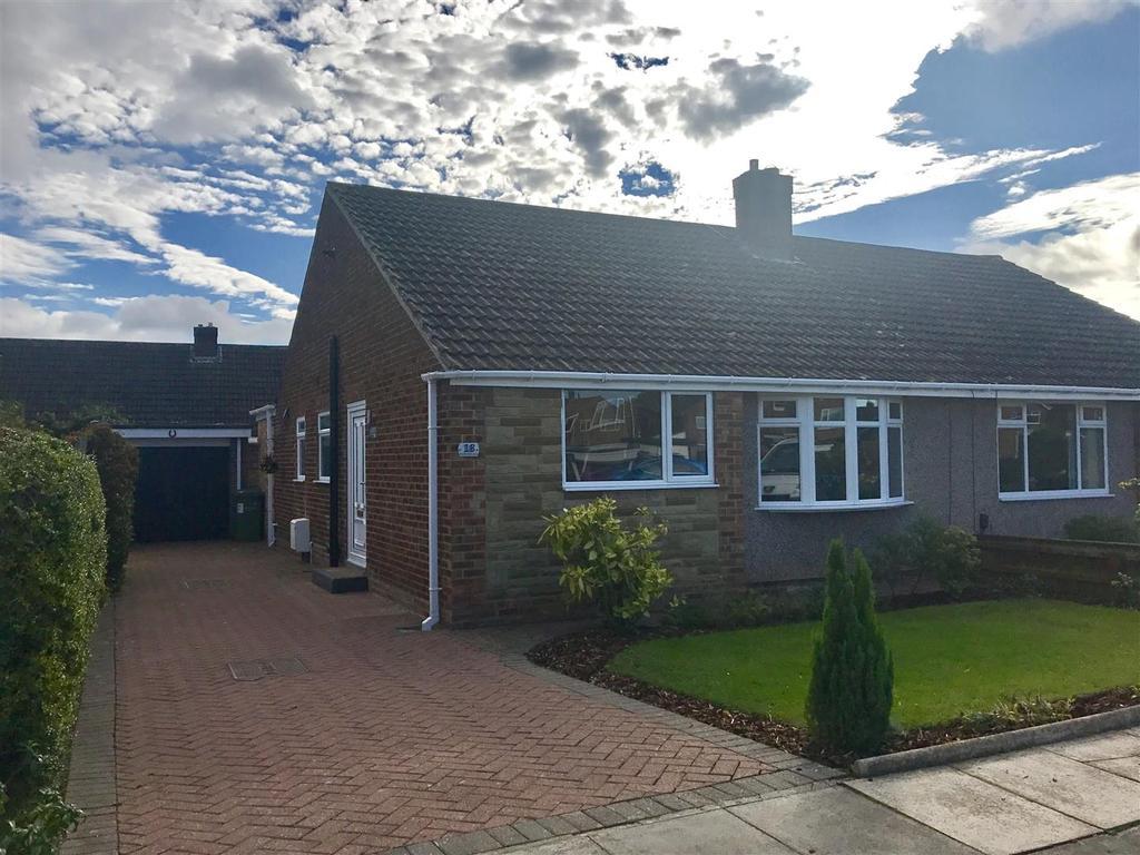 2 Bedrooms Semi Detached Bungalow for sale in Heathfield Close, Eaglescliffe