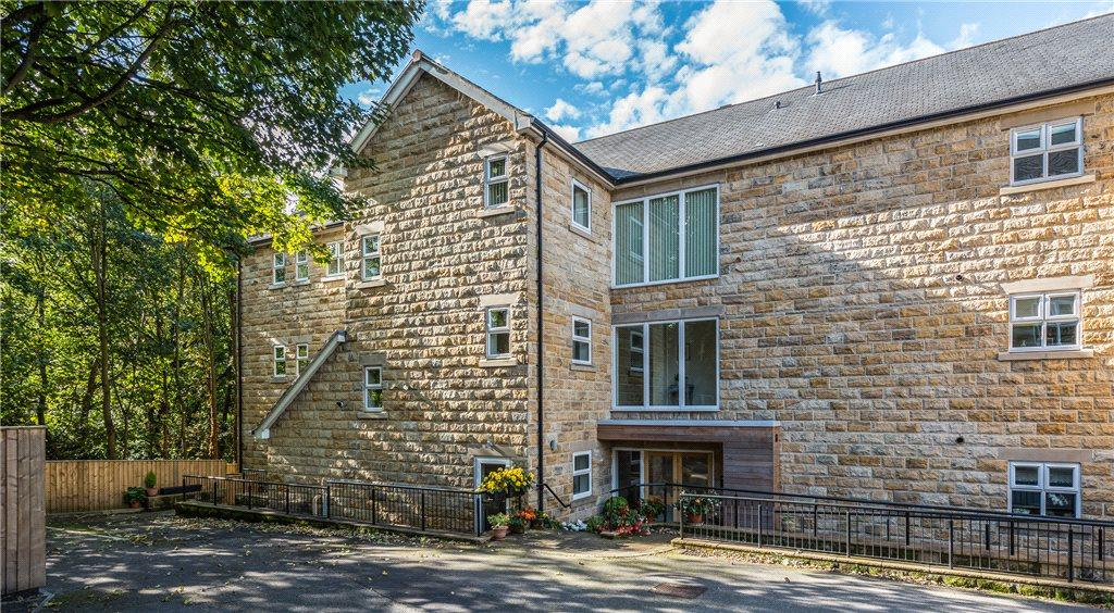 2 Bedrooms Apartment Flat for sale in Apartment 1, Coppice Mews, Coppice Drive, Harrogate