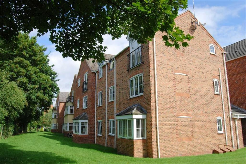 2 Bedrooms Apartment Flat for sale in Mulberry Drive, Lichfield, Staffs