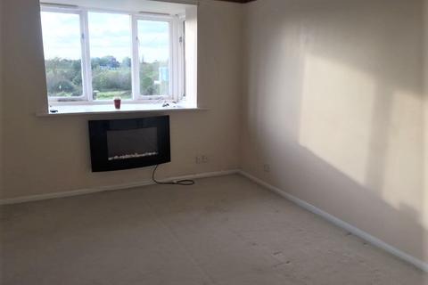 1 bedroom flat to rent - Chantress Close, Dagenham East RM10