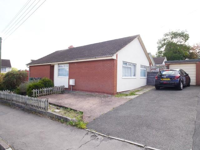 3 Bedrooms Detached Bungalow for sale in Priory, Wellington TA21