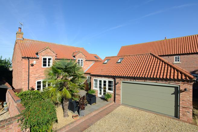 4 Bedrooms Detached House for sale in Manor Paddock, Main Street, Scarrington, Nottinghamshire NG13 9BQ