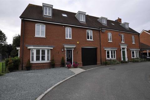 4 bedroom semi-detached house for sale - Eastwood Park, Great Baddow