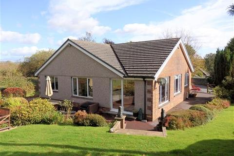 4 bedroom property with land for sale - Foxes Cross, PONTYBEREM, Llanelli