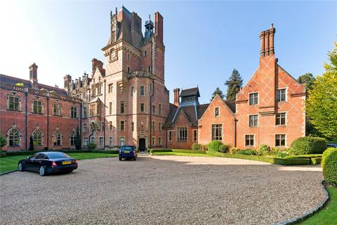 4 bedroom semi-detached house for sale - Wyfold Court, Lime Avenue, Henley-On-Thames, Oxfordshire, RG9