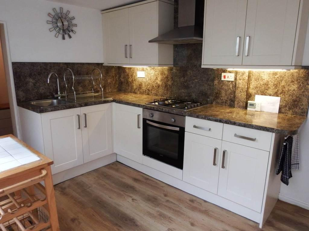 2 Bedrooms Town House for sale in Vicarage Lawn, Barnstaple