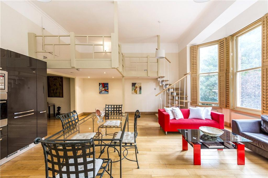 2 Bedrooms Flat for sale in Courtfield Road, South Kensington, London, SW7