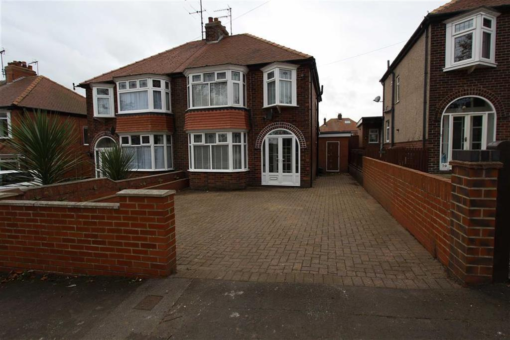 3 Bedrooms Semi Detached House for sale in St Columba Road, Bridlington, East Yorkshire, YO16