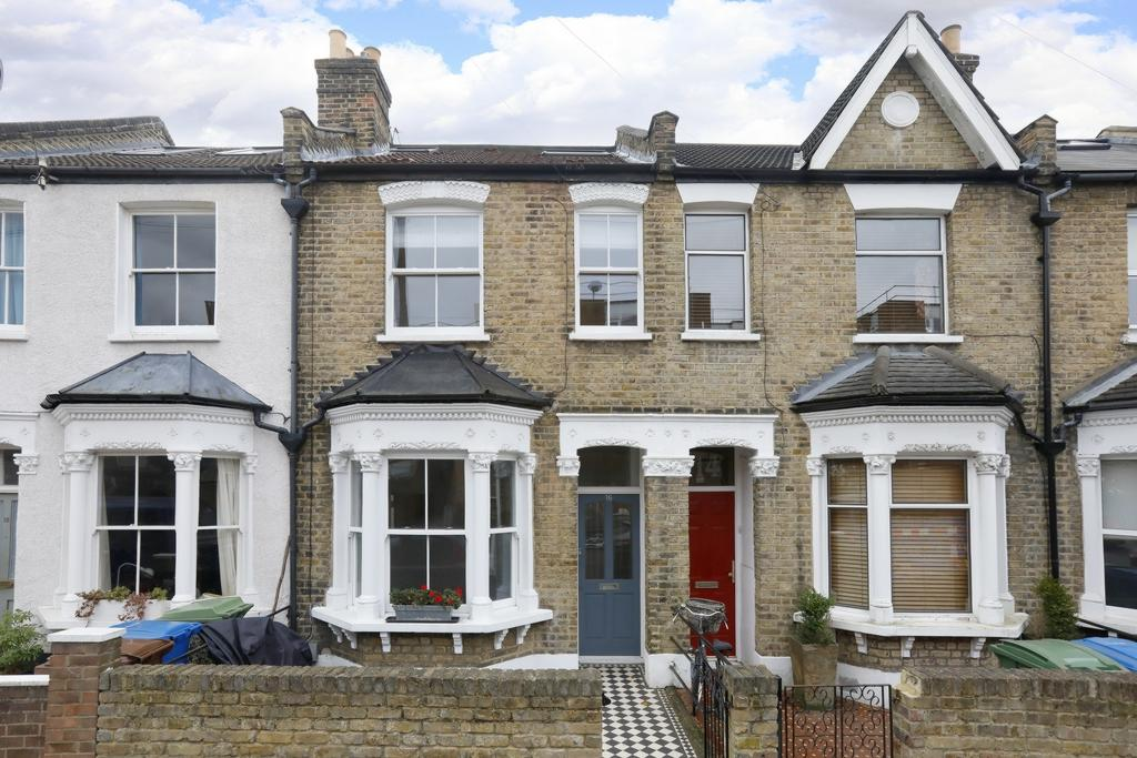 3 Bedrooms House for sale in Reynolds Road, London, SE15